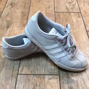 •Adidas Light Grey Ortholite Float Sneakers•